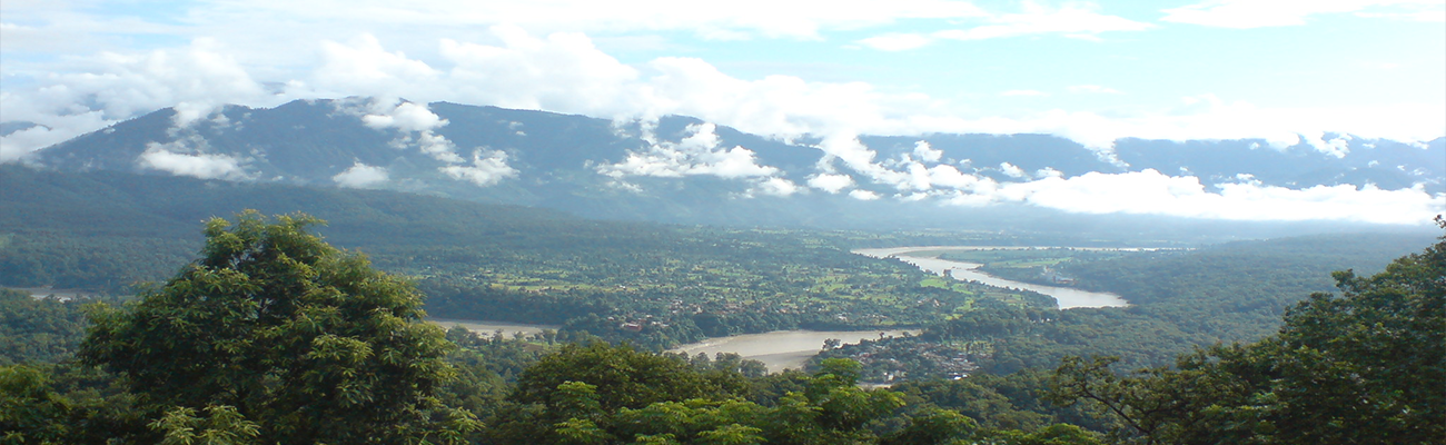 Kalikasthan hiking tour provides amazing views of the mountains and the valley