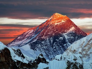 take-a-helicopter-flight-to-the-foot-of-mount-everest-where-youll-be-served-breakfast-at-yeti-mountain-home-one-of-the-worlds-highest-lodges-you-can-book-the-tour-through-companies-like-nepal-myths-and-mountain-trai